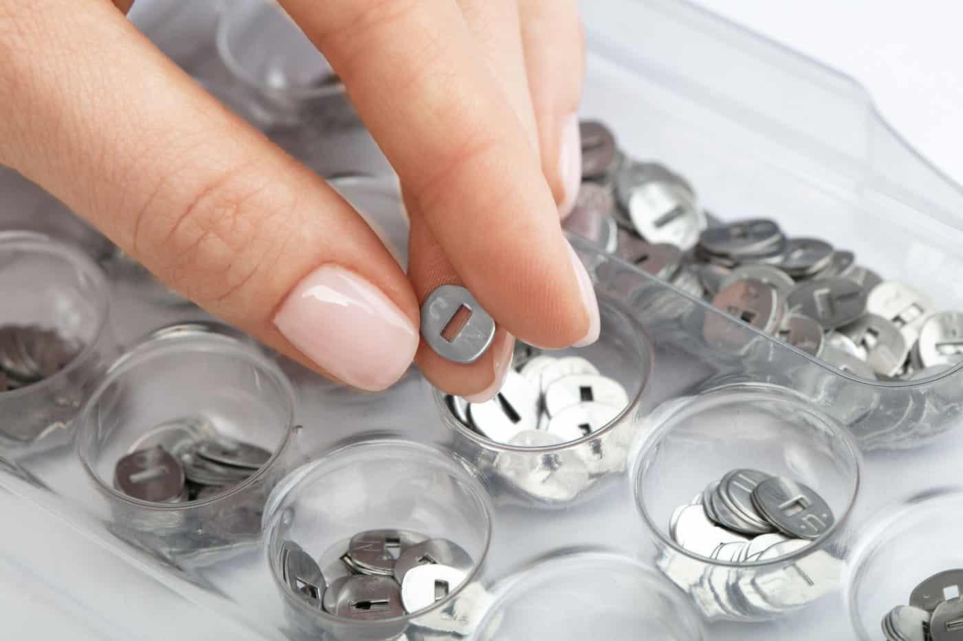capsula cu litere