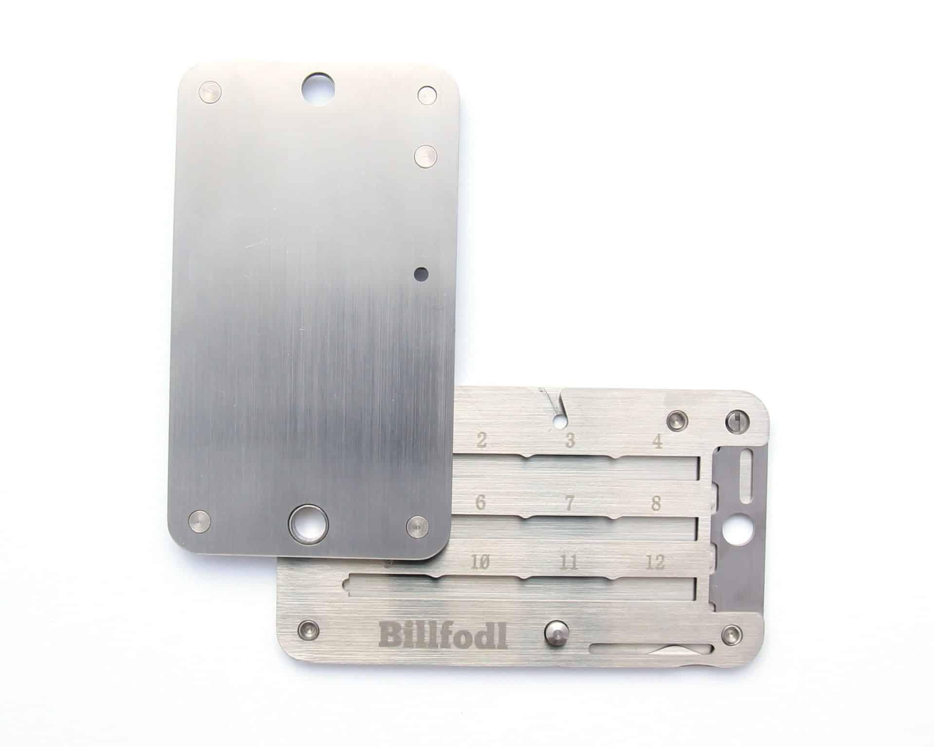 Billfodl-deschis-fata